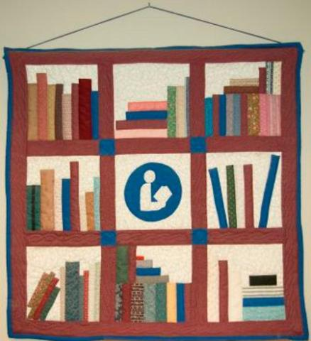 Library-Quilt-by-Prairie-Quilter